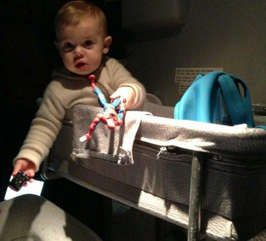 neonati in aereo